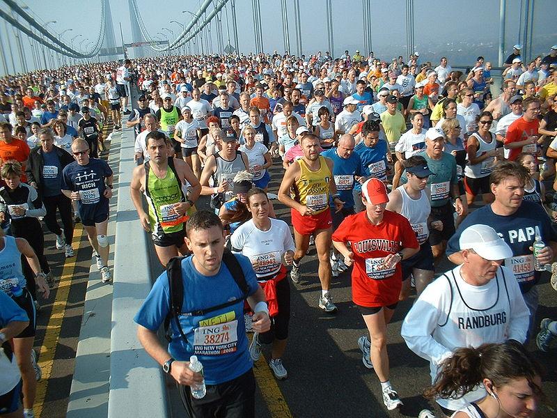 800px-New_York_marathon_Verrazano_bridge